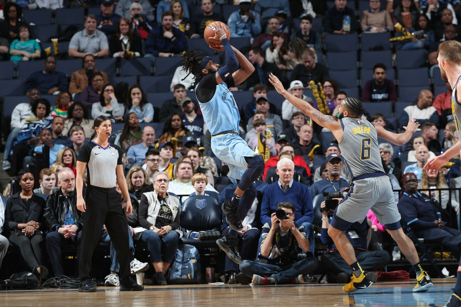 MEMPHIS, TN - JANUARY 26:  Mike Conley #11 of the Memphis Grizzlies shoots the ball against the Indiana Pacers on January 26, 2019 at FedExForum in Memphis, Tennessee.