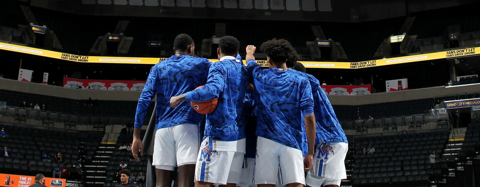 Memphis Tigers Huddle