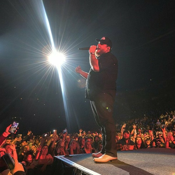 Luke Combs brings 'What You See Is What You Get Tour' to FedExForum on Saturday, September 26